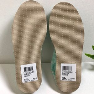 Havaianas Shoes - NWT Havaianas Origine Renda Tropical Canvas Flats